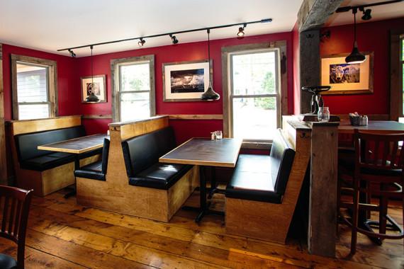 VT Ale House Custom Booths