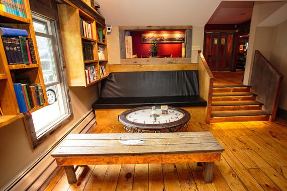 VT Ale House Lounge